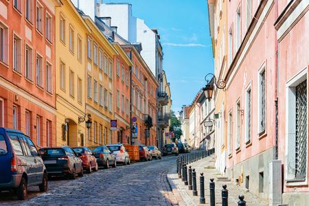 Cobblestoned street in the Old town of Warsaw in Poland Archivio Fotografico