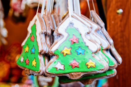 Gingerbread cookies, Christmas Market at Gendarmenmarkt in Winter Berlin; Germany. Advent Fair Decoration and Stalls with Crafts Items 스톡 콘텐츠 - 115767281