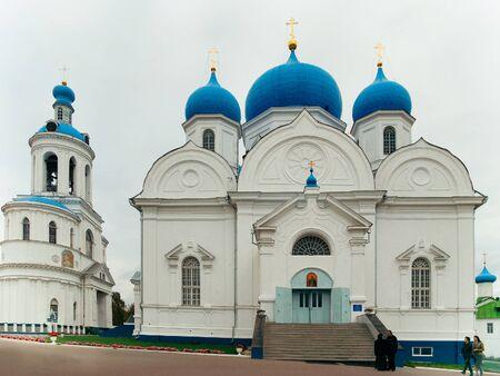 Vladimir, Russia - September 27, 2009: Bogolyubovo monastery in Vladimir, Russia. 報道画像