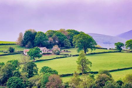 Paysage avec des collines sur le parc national de Snowdonia dans le nord du Pays de Galles au Royaume-Uni.