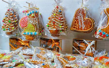 Gingerbread at Vilnius Christmas Market Gingerbread cookies in Vilnius Christmas Market Lithuania Standard-Bild