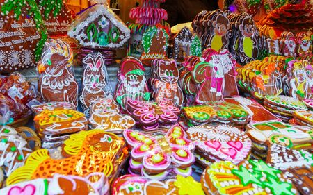Colorful gingerbread stall with icing in Riga Christmas Market Banco de Imagens