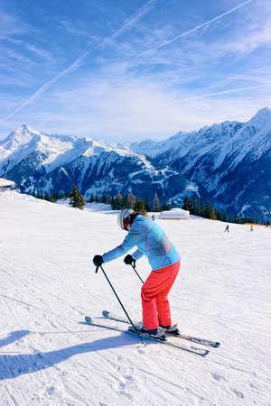 Woman Skier skiing on Penken Park in Tyrol in Austria Standard-Bild