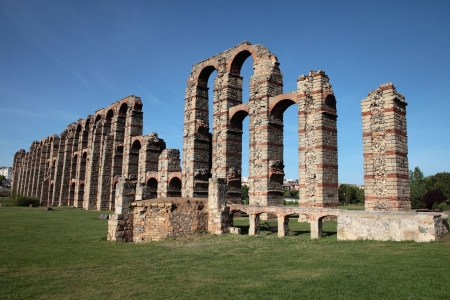 badajoz: A roman aqueduct in Merida, Spain Stock Photo