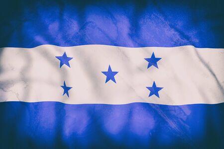 bandera honduras: Representación 3d de una vieja bandera de Honduras que agita