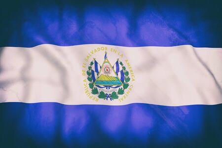 bandera de el salvador: Representación 3d de una vieja bandera de la República de El Salvador ondeando Foto de archivo