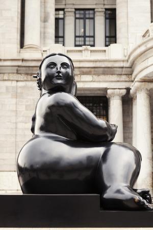 Mexico City, Mexico - June 7, 2012: Fernando Botero statue outside Palacio de Bellas Artes, Mexico City. Редакционное