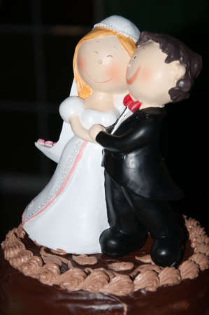 dolls wedding cake photo