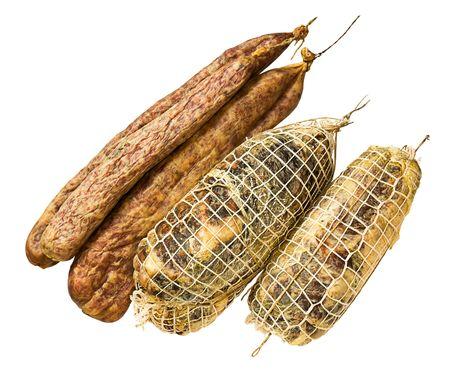 underbelly: fatti in casa polimerizzata pancia di maiale con sale e peperoncino - preparazione italiana tradizionale del ventre di maiale salata e stagionato