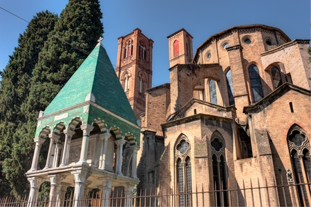 francesco: antique church of S  Francesco and Glossatori tombs  the graves of important italian lawyers, teachers and scholars  in Bologna; this medieval catholic basilica is one of the best example of french gothic style in Italy - hdr image Stock Photo