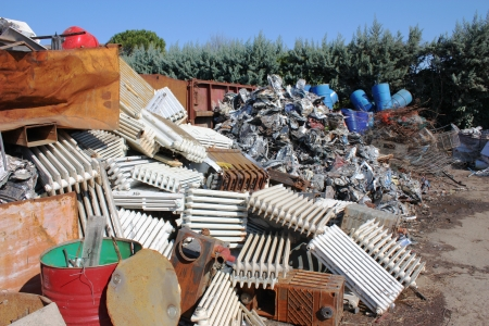 pile reuse engine: a pile of metallics wastes - waste to be recycled