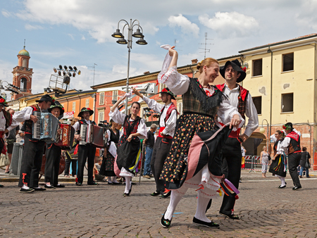 folk dance: the folk dance ensemble Gruppo Federico Angelica from Aviano, Pordenone, Friuli Venezia Giulia, Italy, performs traditional dance during the International Folklore Festival of Russi, on August 3, 2014 in Russi, RA, Italy