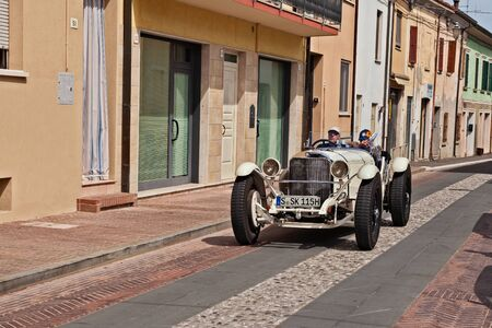 Vintage sports car Mercedes-Benz 710 SSK (1928) in historical classic car race Mille Miglia, on May 19, 2017 in Gatteo, FC, Italy Редакционное