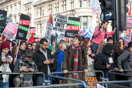 marchers: London, UK. 19th Nov, 2016. Students protest against fees and cuts and debt in central London.