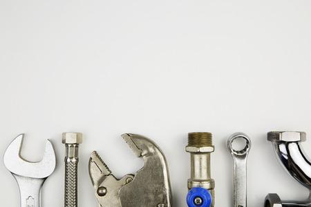 overhead van een essentieel instrument kit voor loodgieter