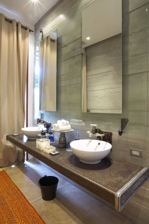 luxe: View of mixed style Interior of bath room