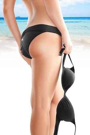 pied jeune fille: noir bikini