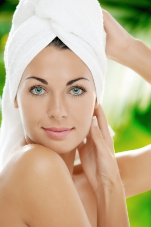 portrait of young beautiful woman  in spa environment Stock Photo - 14736737