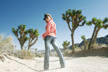 hot girl: portrait of young beautiful girl in Joshua Tree park environment