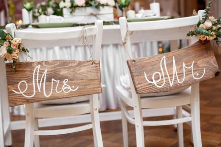 mrs: Mr. & Mrs. sesi�n en la silla