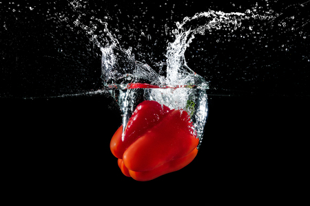 bell pepper in water with splash