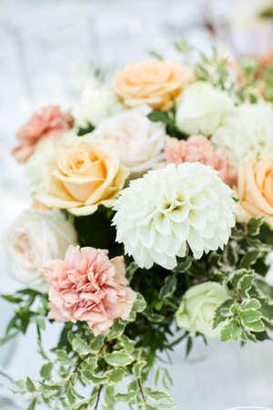 the beautiful bouquet of roses and dahlia Banco de Imagens - 156159790