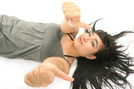 pulgar levantado: Pretty Woman acostarse hasta que muestre el pulgar