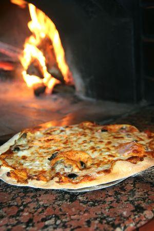 preparing dough: cooking pizza Stock Photo