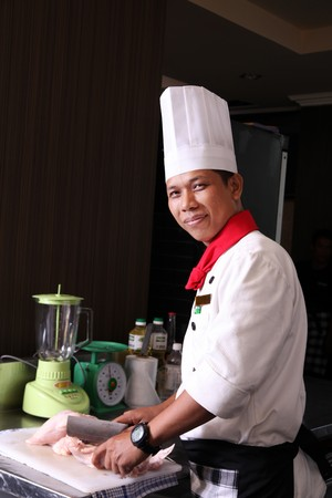 chef cooking photo