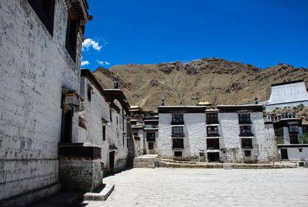 classics: Tashi Lhunpo Monastery Editorial