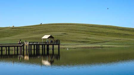 expanse: Bayinbuluke Grassland