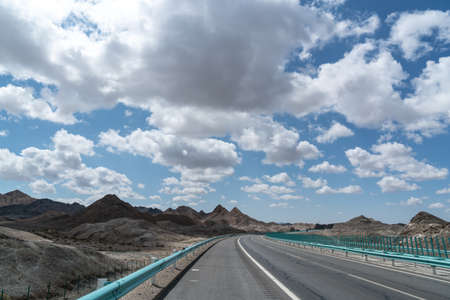 砂漠北西高速道路 写真素材