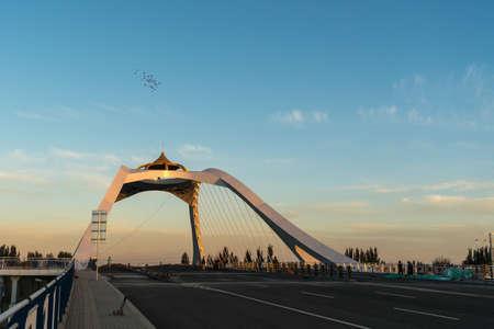 The Yellow River bridge, Linhe, Inner Mongolia Фото со стока