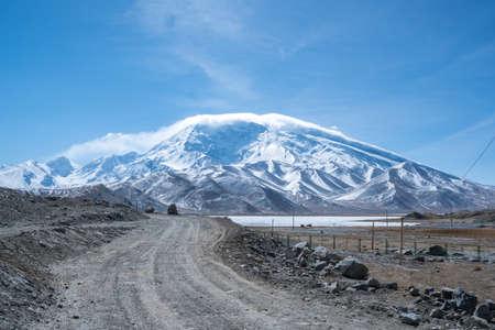 Xinjiang Mustag Peak