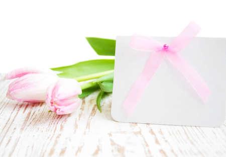 Blank-Karte für Frühjahr, Ostern oder Muttertag mit rosa Tulpen