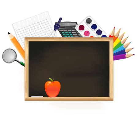 fournitures scolaires: Tableau noir avec des fournitures scolaires sur un fond blanc.