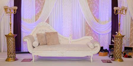 mariage: stade de mariage à thème Violet Banque d'images