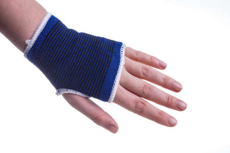swollen: Hand protection, sprained and Swollen, Healthcare and Medicine