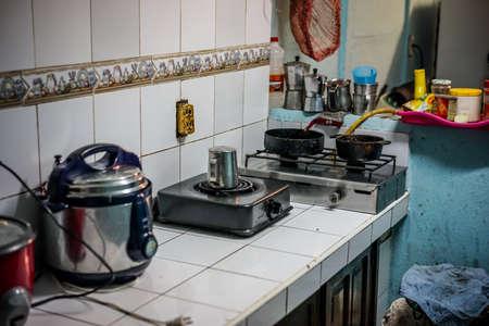 Simple or Poor Housing, look in the kitchen Standard-Bild