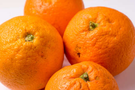 Bunch of Organic Oranges, close up and isolated Standard-Bild - 131557460