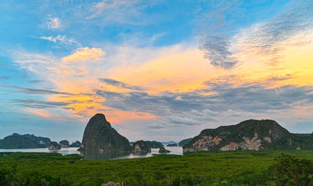 Phang Nga bay from sametnangshe view point ,Phangnga Thailand Imagens