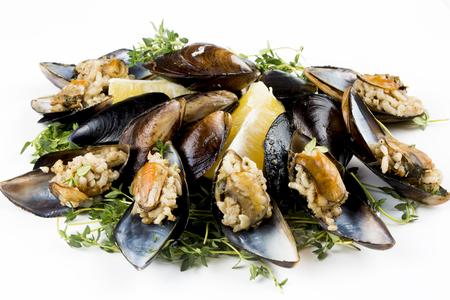 Heerlijke zeevruchten; Gevulde mosselen, gevulde mosselen Stockfoto