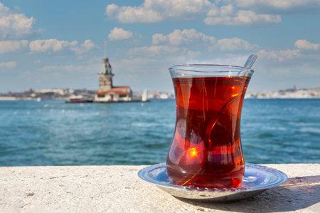 Maiden Tower (Kiz Kulesi) and Turkish tea with Turkish bagel