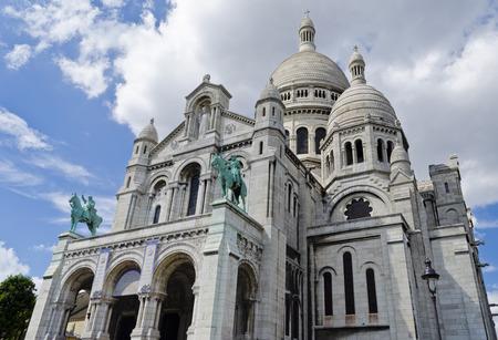 sacre: Sacre Coeur Basilica � Paris, France