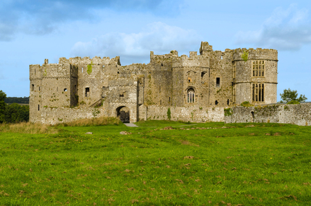 Carew Castle in the Pembrokeshire National Park – Wales, United Kingdom Imagens