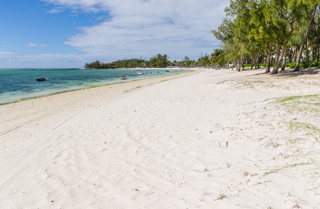 mare: Belle Mare Plage in Mauritius Stock Photo