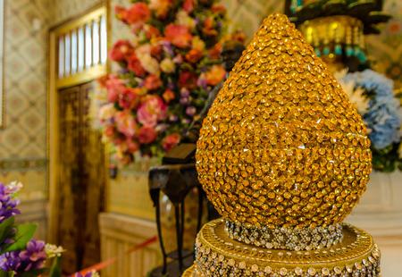 wat traimit: Wat Traimit or Temple of the Golden Buddha in Bangkok, Thailand