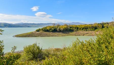 lago: Lago di Monte Cotugno in Basilicata, Italy