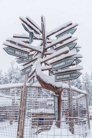 Directions and distances to different places in the world near Rovaniemi in Lapland, Finland
