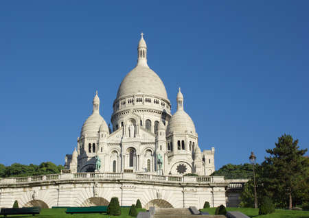 sacred heart: Sacre-Coeur catheral, Paris, France
